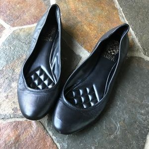 Vince Camuto Vo-Lupe black flats size 7.5